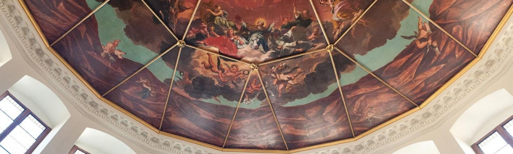 Photo of the Sheldonian Theatre painted ceiling